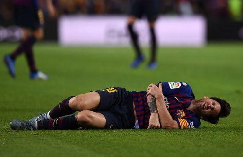 Barcelona superstar Lionel Messi injured his arm during a La Liga fixture against Sevilla recently