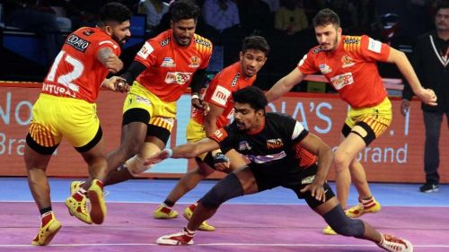 Pawan Sehrawat in action. [Picture courtesy: ProKabaddi.Com]