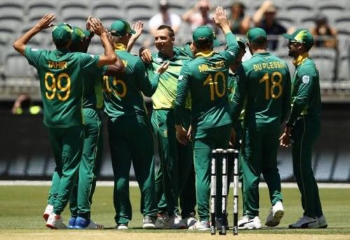 South Africa aim series honours in second ODI