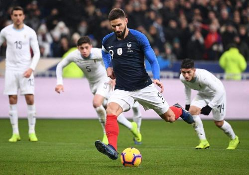 Giroud made no mistake from 12 yards