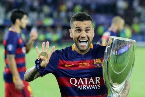 Dani Alves is one of the stars who came very close to joining Liverpool back in 2006