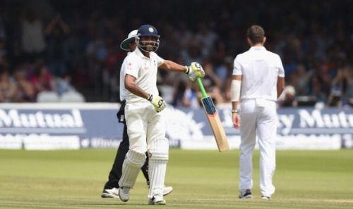 Jadeja rotates bat on reaching his fifty