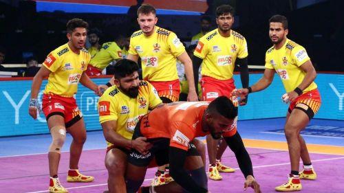 Siddharth Desai and Ruturaj in action. [ Picture Courtesy: ProKabaddi.com]