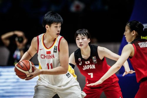 Mingling Chen of China earned a double-double - 19 pts, 11 rebs against Korea (Image Courtesy: FIBA)
