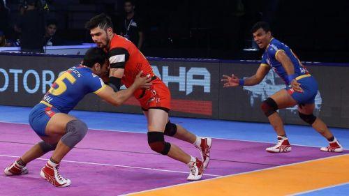 Rohit Kumar on the mat. [Picture Courtesy: ProKabaddi.com]