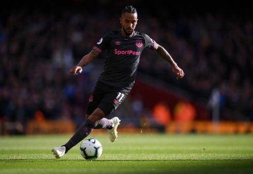 Walcott's pace could disturb Chelsea