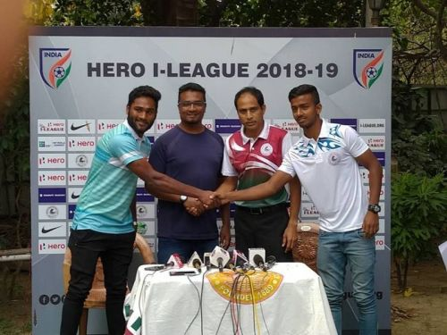 Akbar Nawaz (second from left) at the pre-match press conference-