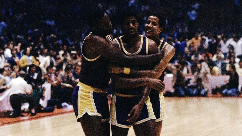 ffd6a56a6f7 Magic Johnson's iconic performance while playing as a centre