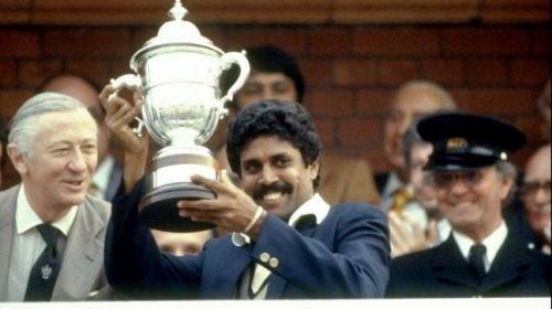 கபில் தேவ் - 1983 மற்றும் 1987 இந்திய கிரிக்கெட் அணி கேப்டன்