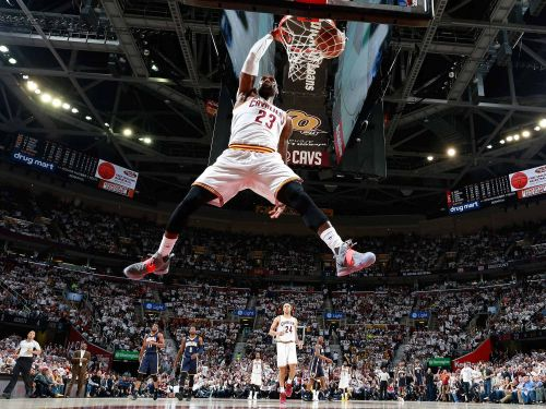 LeBron Dunking With Ease, 2017
