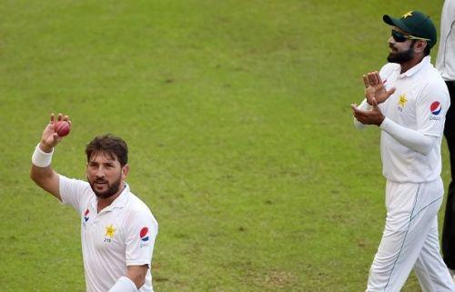 दुबई टेस्ट में यासिर शाह ने लिए 14 विकेट