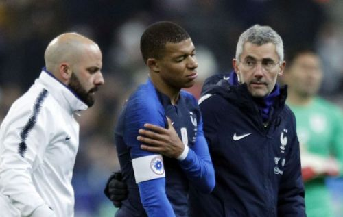 The PSG star sustained a shoulder injury