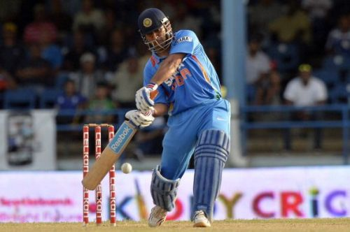 Dhoni batting on 9999 for India