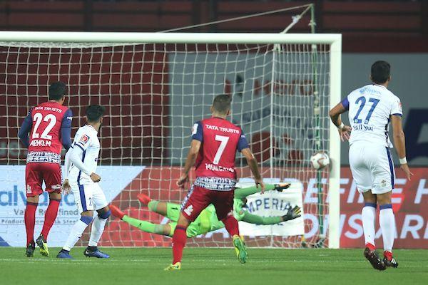 Pablo Morgado scores a stunning goal [Image: ISL]