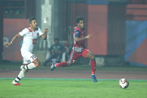 Michael Soosairaj dribbles past Seriton Fernandes, at the Furnace. (Photo Credits: Hero 1SL)