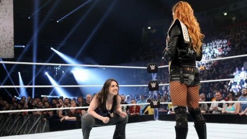 All signs point towards Nikki Cross attacking Becky Lynch at Survivor Series 2018