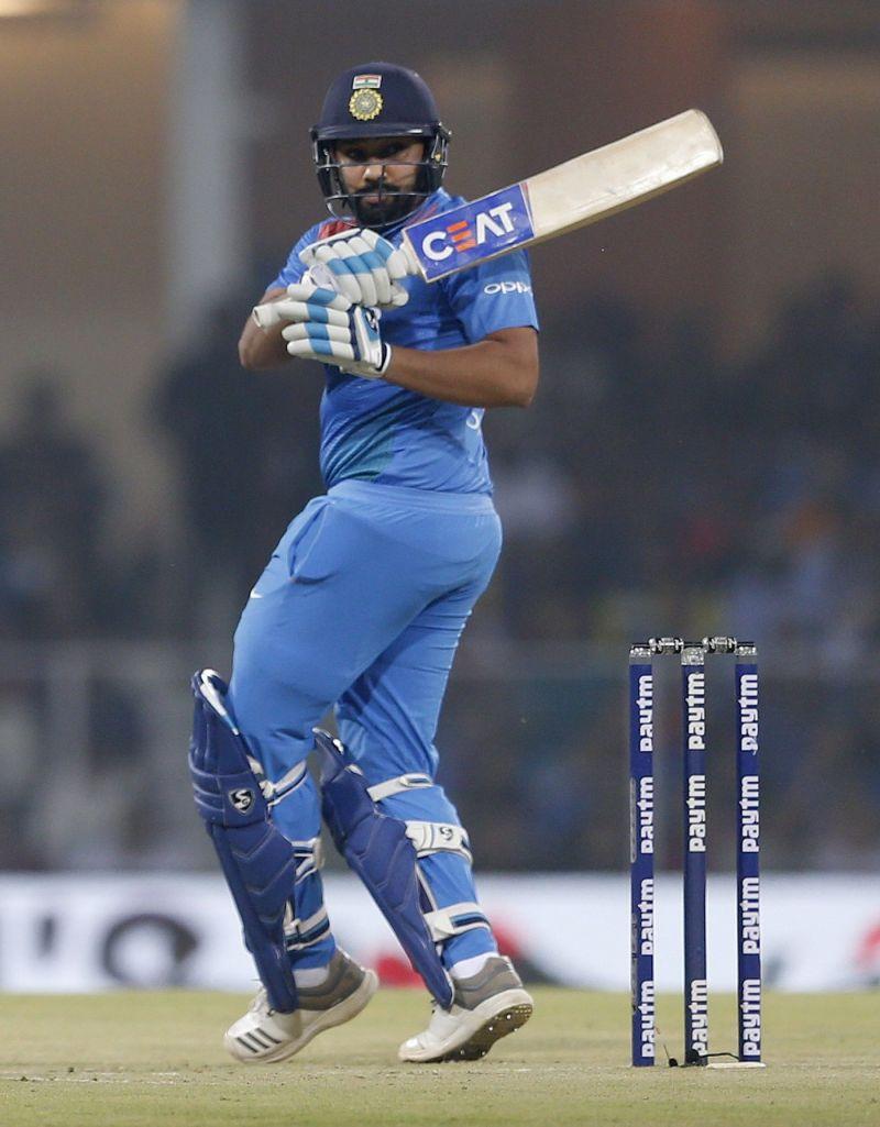 टी20 अंतर्राष्ट्रीय में रोहित के नाम 2207 रन