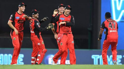 Melbourne Renegades bank on momentum against Sixers.