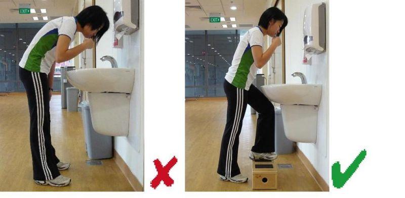 ब्रश करते समय किसी स्टैंड पर खड़े हो जाएं ताकि आपको झुकना ना पड़े
