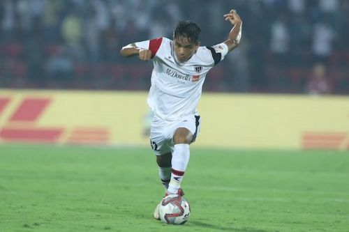 Khawlhring Lalthathanga aka Puitea in action for NorthEast United (Image: ISL)