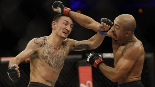 How long can Holloway sustain a fighting style that sees him take so much damage?