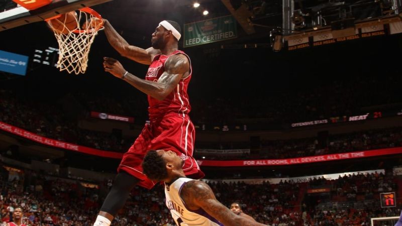 LeBron James posterizing Ben McLemore