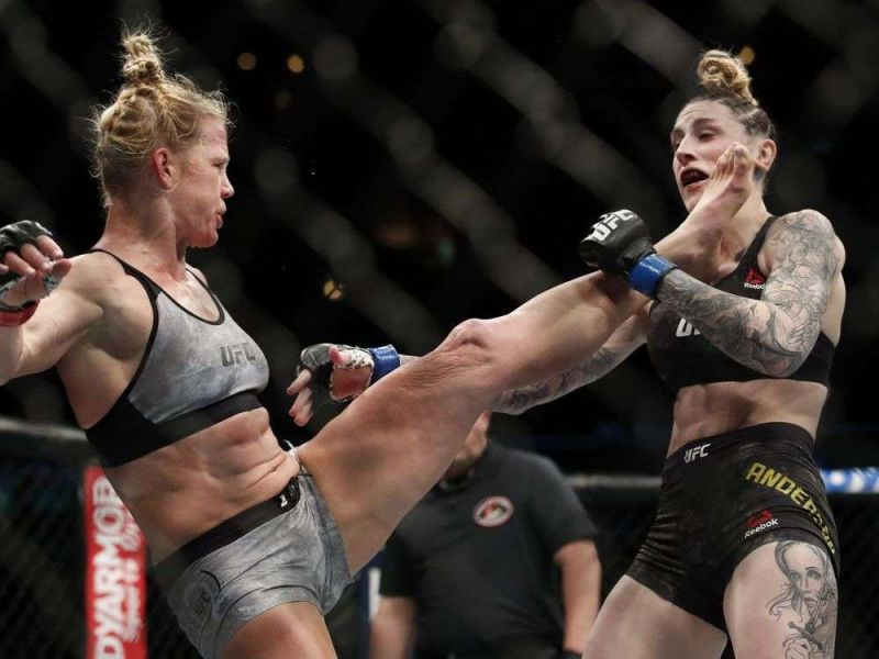 Holly Holm smashes Megan Anderson with a head kick