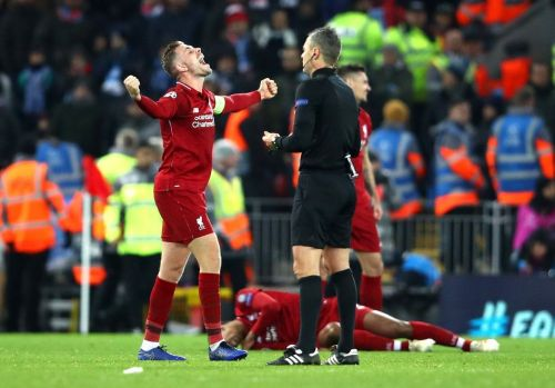 Liverpool beat Napoli 1-0 to advance to the round of 16