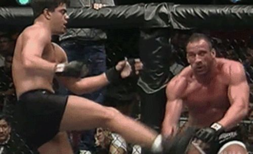 Pete Williams nails Mark Coleman with the