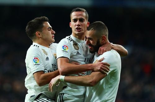 Real Madrid close the gap on leaders Sevilla with a win over Valencia