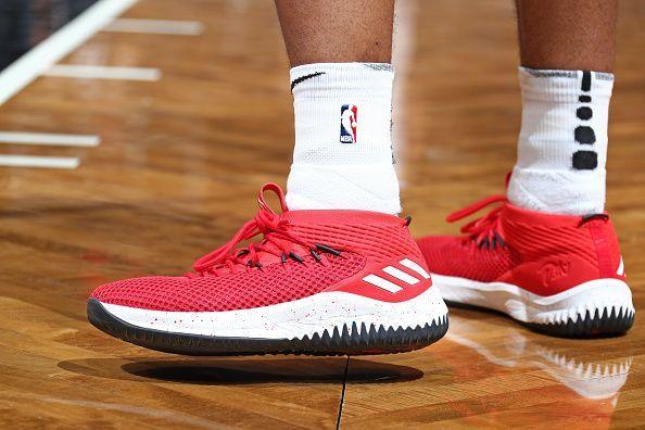 9e580c08 Топ-10 баскетбольных кроссовок 2018 года