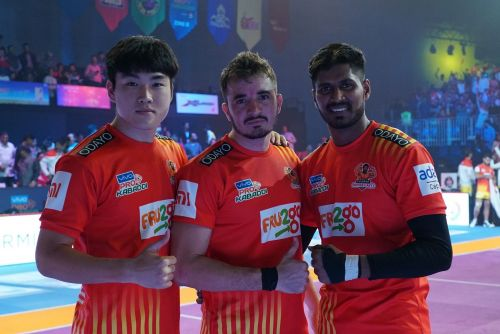 Parvesh Bhainswal (centre) will be key to stopping Pardeep Narwal