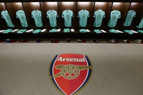 Arsenal take on Southampton at St. Mary's stadium.