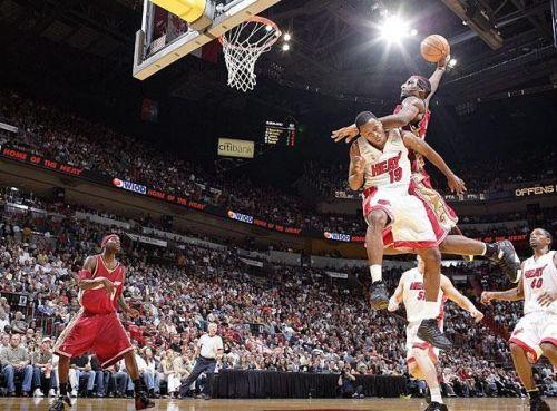 LeBron James Dunking on Damon Jones