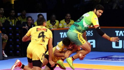 Can the Titans' defence halt Pardeep Narwal's stupendous run?