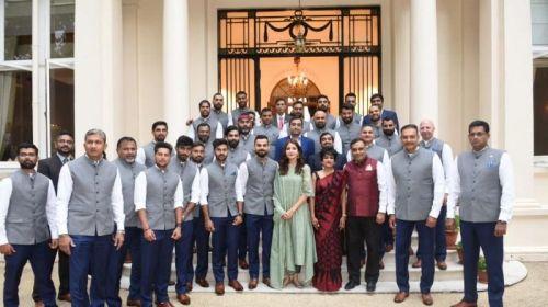 Virat with Anushka sharma at Indian Embassy Dinner-England