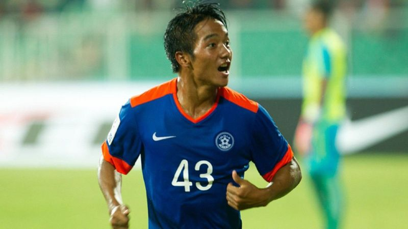 Lallianzuala Chhangte celebrating a goal for Indian national team