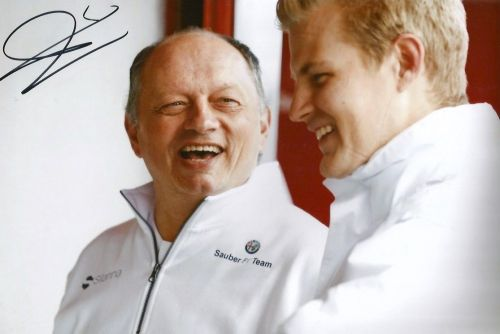 Frédéric Vasseur in a happy mood with Marcus Ericsson, Sauber's driver from 2015