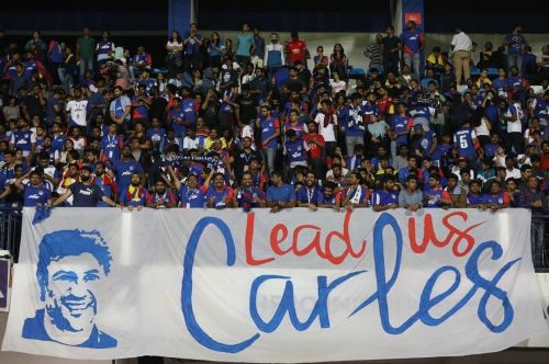 West Block Blues welcomed their new coach Carles Cuadrat with this banner