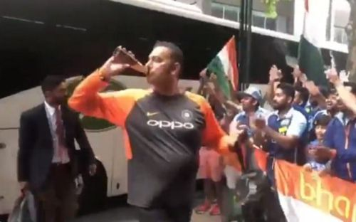 Ravi Shastri entering the team hotel in Melbourne