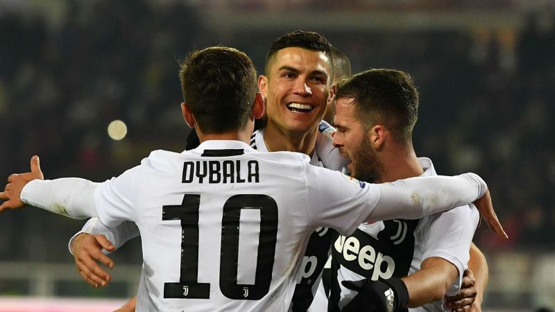 b416717d8 Juventus boss Allegri turned his back on Ronaldo penalty