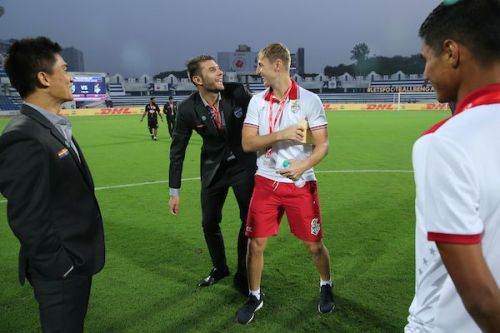 John Johnson (right) of ATK with Bengaluru FC defender Juanan Gonzalez (Image: ISL)