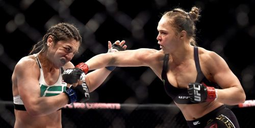 Ronda Rousey has a great overhand right