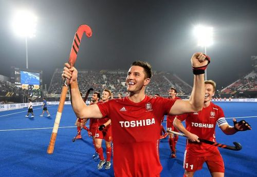 England clinched a thrilling victory