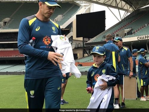 Archie Schiller received his test jersey at the Adelaide Oval (Image credits: Cricket.com.au on Twitter)