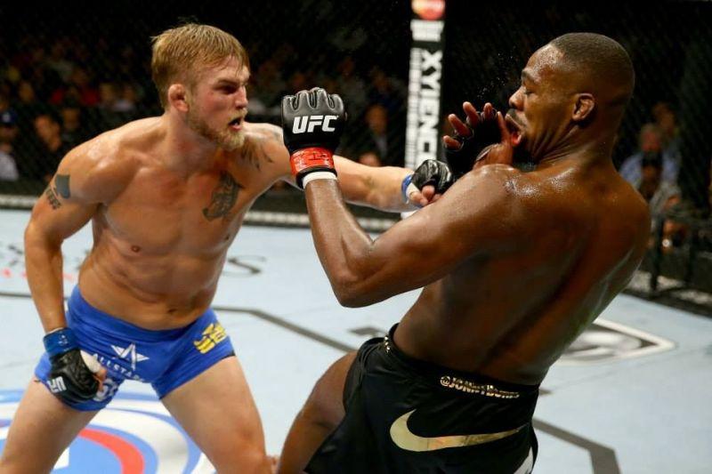 Gustafsson rocks Jones with a left jab in their thrilling clash