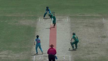 Pakistan women running in danger area