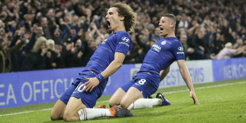 David Luiz celebrates his goal that gave Chelsea a stunning win over the defending champions