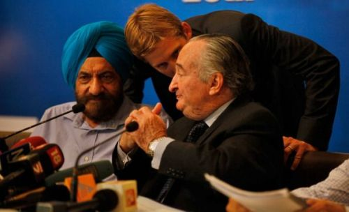 NRAI President Raninder Singh (first from left)