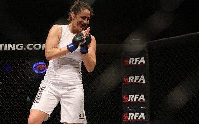 Tara LaRosa had a 15 fight winning streak between 2004 and 2009